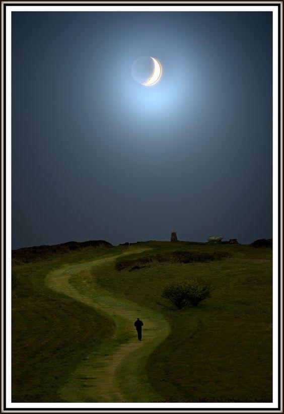 plimbare sub luna